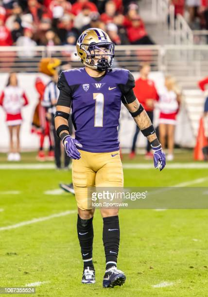 Washington Huskies defensive back Byron Murphy comes off the field after stopping the Utah Utes drive during the game between the Washington Huskies...