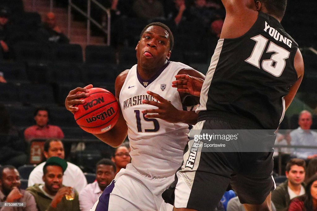 Washington Huskies forward Noah Dickerson (15) during the first half of the 2K Classic College Basketball game between the Providence Friars and the Washington Huskies on November 16, 2017, at Madison Square Garden in New York, NY.