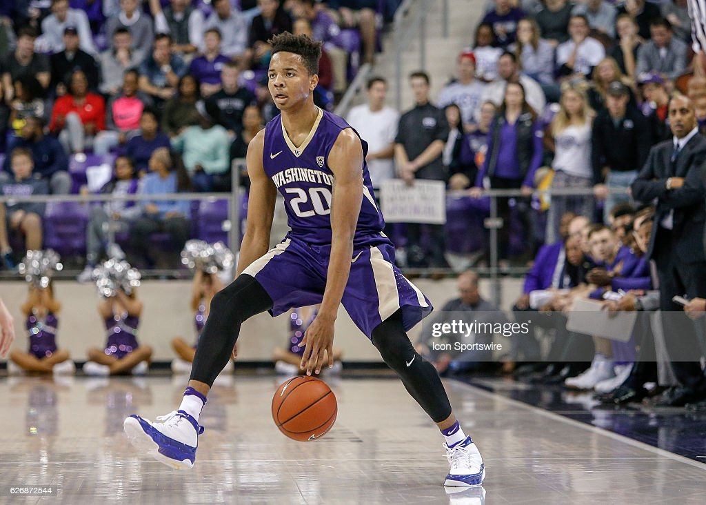 NCAA BASKETBALL: NOV 30 Washington at TCU : News Photo