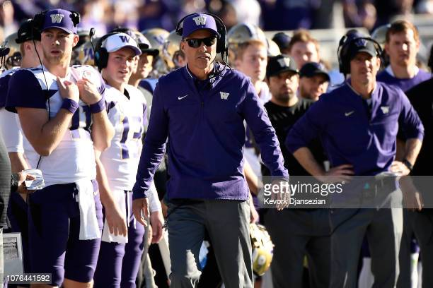 Washington Huskies head coach Chris Petersen looks on during the first half in the Rose Bowl Game presented by Northwestern Mutual at the Rose Bowl...