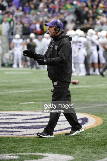 Washington Huskies head coach Chris Petersen walks back to the sideline during a PAC12 Conference game between the Washington Huskies and the Oregon...