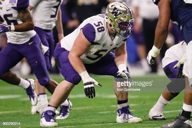 Washington Huskies offensive lineman Kaleb McGary sets up for the play during the Fiesta Bowl college football game between the Penn State Nittany...