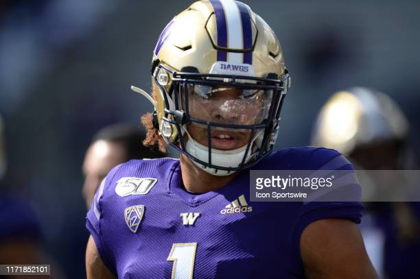 Washington Huskies tight end Hunter Bryant before a PAC12 Conference game between the Washington Huskies and the USC Trojans on September 28 at Husky...