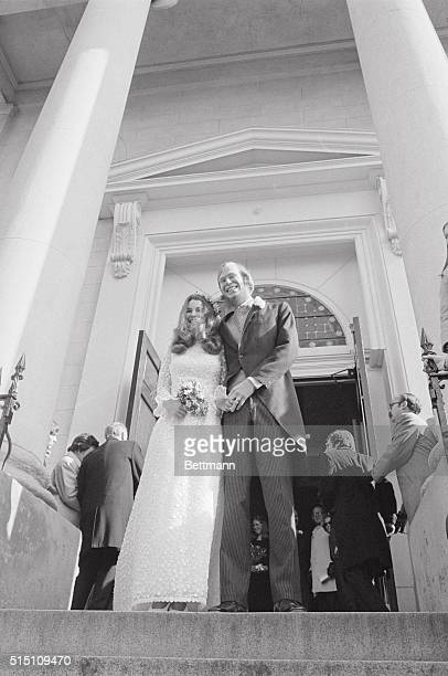 Kathleen Kennedy 22yearold daughter of the late Sen Robert F Kennedy poses with her husband David L Townsend a doctoral candidate at Harvard U as...