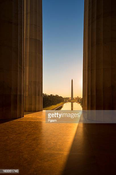 washington monument from the lincoln memorial - lincoln memorial stock pictures, royalty-free photos & images