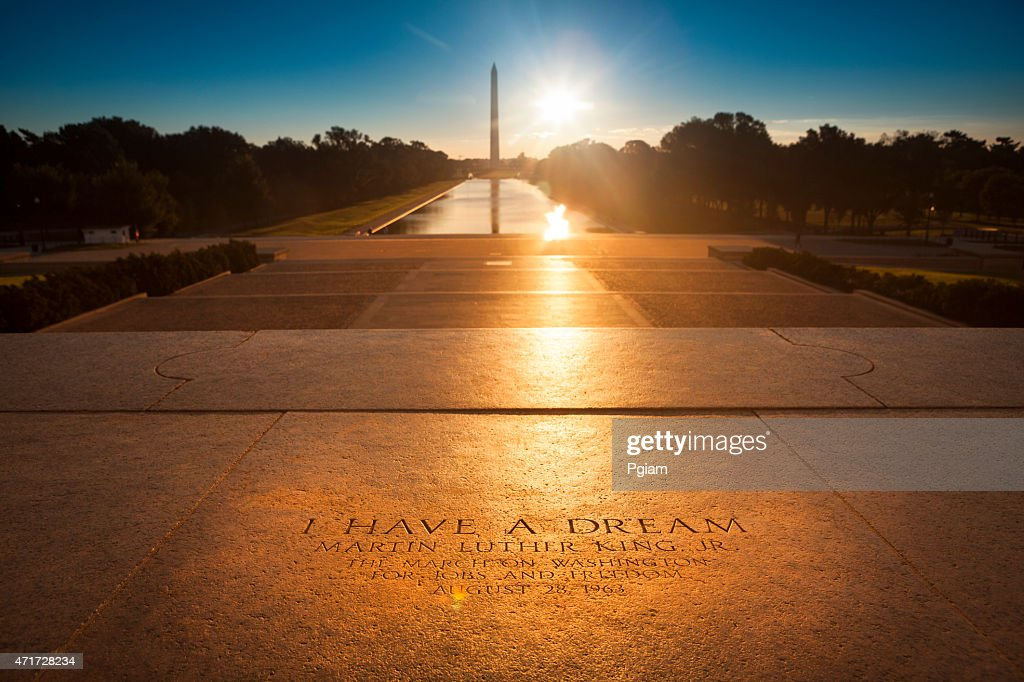 Washington Monument from the Lincoln Memorial : Stock Photo