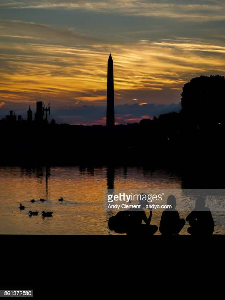 washington monument sunset - andy clement stock pictures, royalty-free photos & images