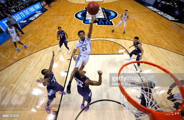 Washington of the Kentucky Wildcats shoots against Levi Stockard III of the Kansas State Wildcats in the second half during the 2018 NCAA Men's...