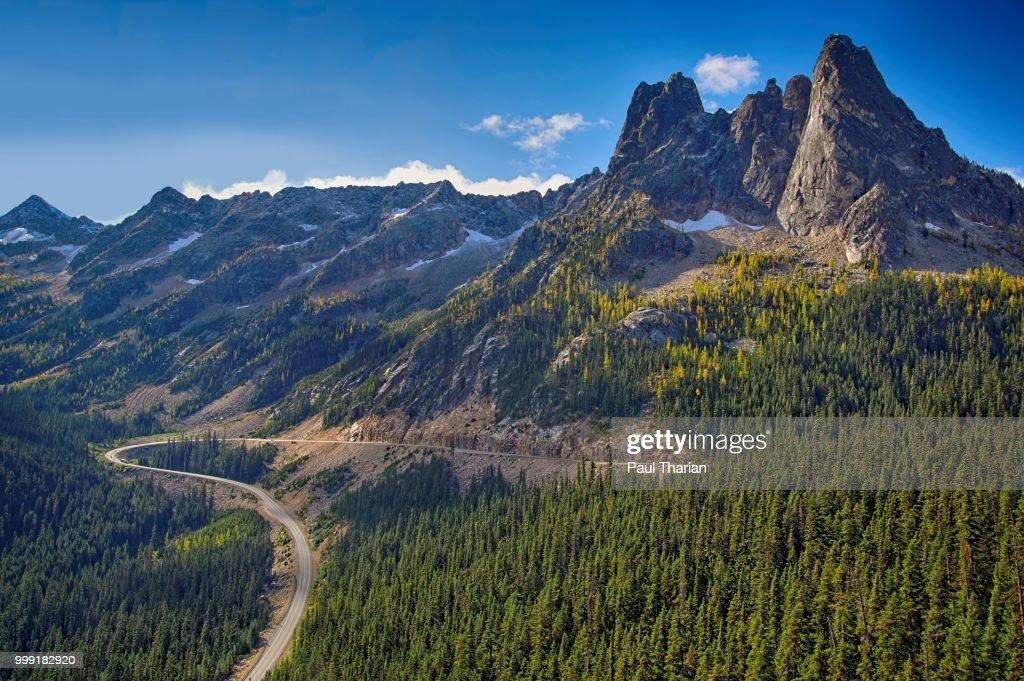Washington Pass Overlook : Stock Photo