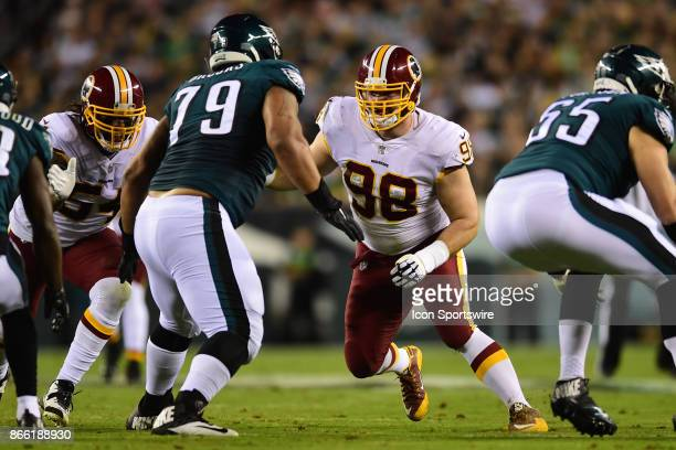 Washington Redskins defensive tackle Matthew Ioannidis and Philadelphia Eagles offensive guard Brandon Brooks fight for position during a NFL...