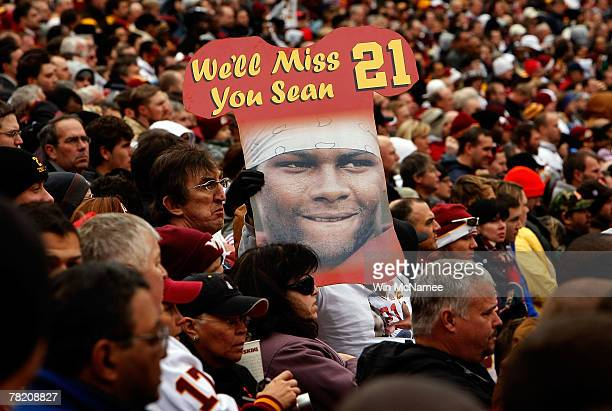 Washington Redskins fans remember safety Sean Taylor before the start of their game against the Buffalo Bills December 2 2007 at FedEx Field in...