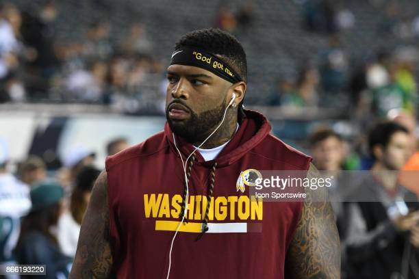 Washington Redskins inside linebacker Zach Brown looks on during a NFL football game between the Washington Redskins and the Philadelphia Eagles on...