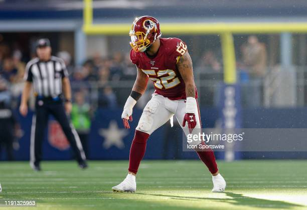 Washington Redskins Linebacker Ryan Anderson in waits for the snap during the NFC East game between the Dallas Cowboys and Washington Redskins on...