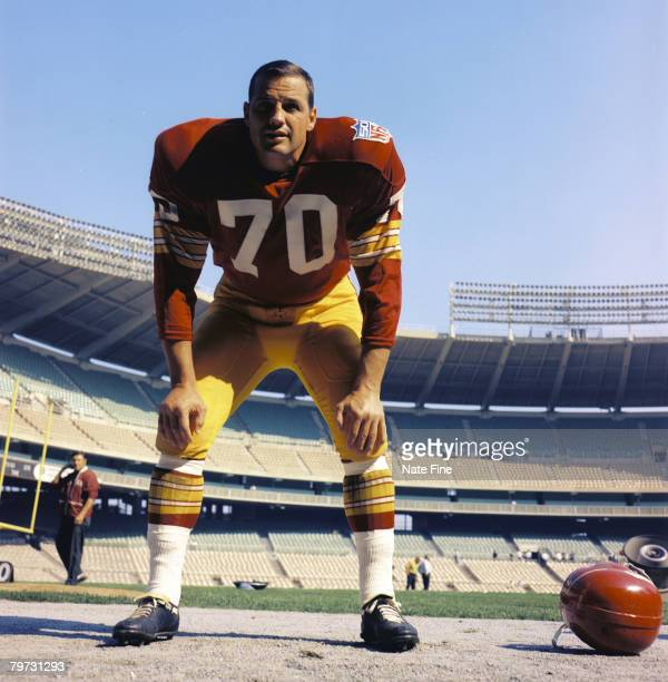 Washington Redskins linebacker Sam Huff in 1969