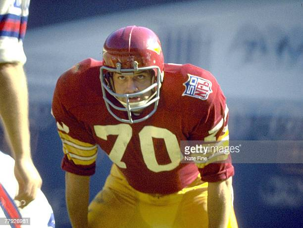 Washington Redskins linebacker Sam Huff inducted into the Pro Football Hall of Fame class of 1982 waits for the snap during a 2014 victory over to...