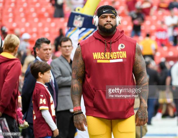 Washington Redskins offensive tackle Trent Williams walks the field prior to action against the San Francisco 49ers at FedEx field