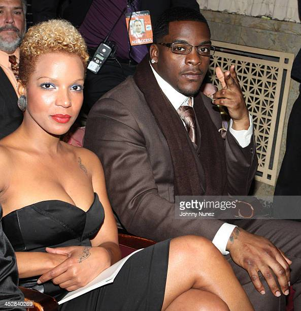 Washington Redskins player Clinton Portis attends the 3rd annual BET Honors at the Warner Theatre on January 16 2010 in Washington DC