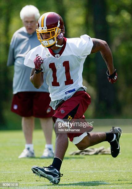 Washington Redskins second round draft pick wide receiver Devin Thomas takes part in drills during the first day of minicamp at Redskins Park May 2...