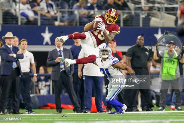 Washington Redskins Wide Receiver Josh Doctson makes a reception with Dallas Cowboys Cornerback Byron Jones defending during the Thanksgiving Day...