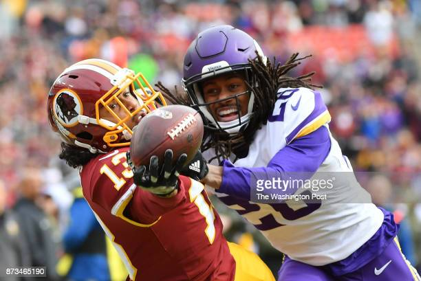 Washington Redskins wide receiver Maurice Harris makes a onehanded catch for a touchdown on the first series in the first quarter in a game against...