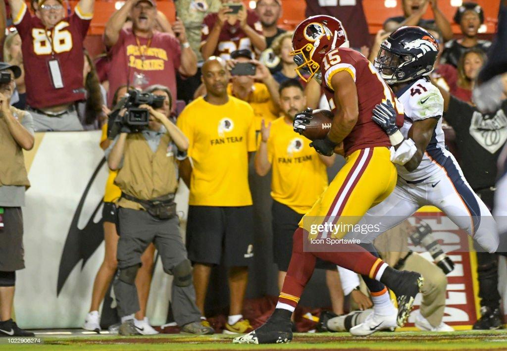 NFL: AUG 24 Preseason - Broncos at Redskins : News Photo