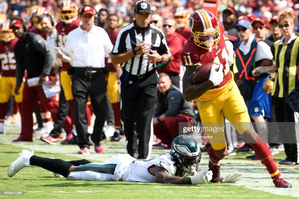 Washington Redskins wide receiver Terrelle Pryor (11) makes a reception against Philadelphia Eagles cornerback Jalen Mills (31) on September 10, 2017, at FedExField in Landover, MD.