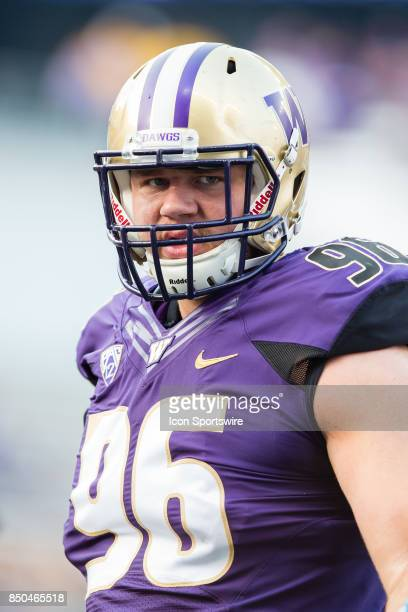 Washington Shane Bowman warms up prior to a college football game between the Washington Huskies and the Fresno State Bulldogs on September 16 2017...