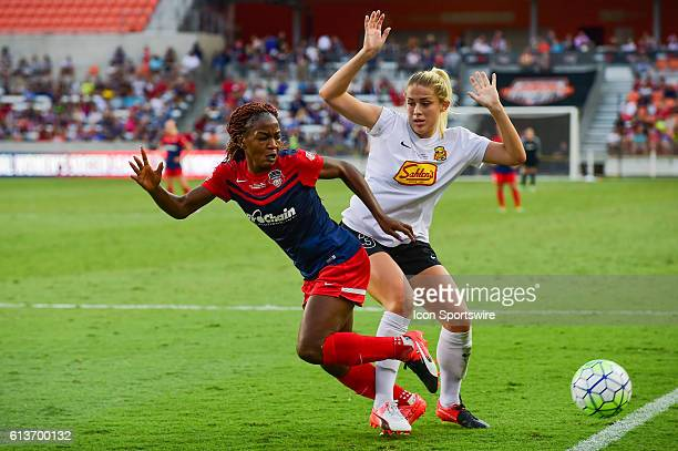 Washington Spirit forward Francisca Ordega and WNY Flash forward Makenzy Doniak fight for a loose ball during the 2016 NWSL Championship soccer match...