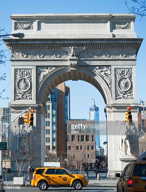 washington square arch, new york city, usa - washington square park stock pictures, royalty-free photos & images