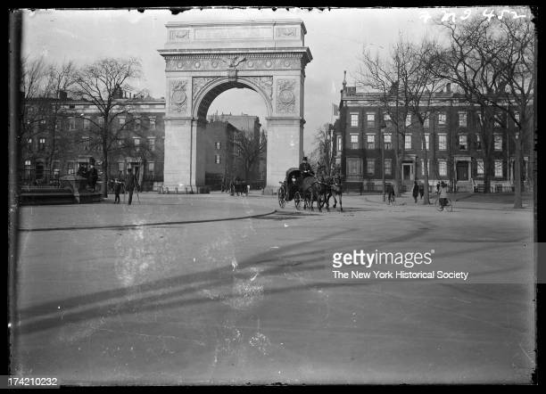 Washington Square Arch, Washington Square, New York, New York, late 19th or early 20th century.