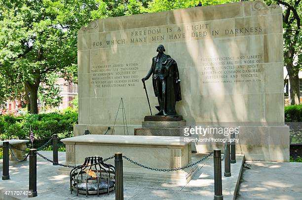 washington square monument - revolutionary war stock photos and pictures