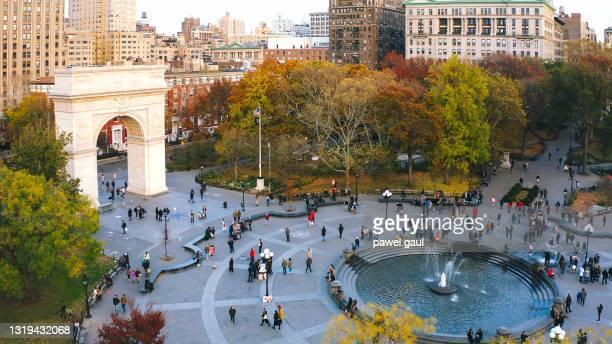 washington square park aerial view new york city - washington square park stock pictures, royalty-free photos & images