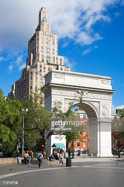washington square park new york - washington square park stock pictures, royalty-free photos & images
