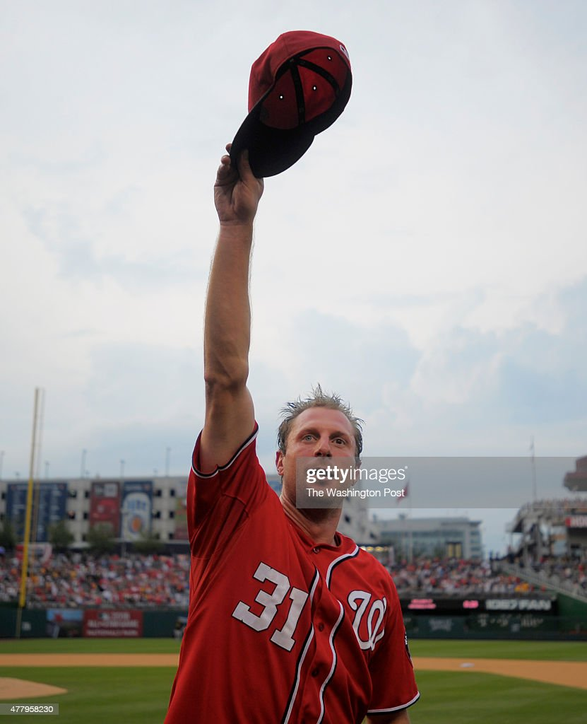 Washington starting pitcher Max Scherzer (31) waves to the crowd after he pitches a no hitter as the Washington Nationals defeat the Pittsburgh Pirates 6- 0 at Nationals Park in Washington DC, June 20, 2015