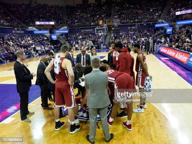 Washington State Cougars head coach Ernie Kent calls a time out during a Boeing Apple Cup Series college basketball game between the Washington State...