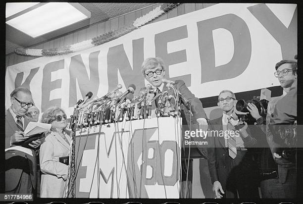 Stephen Smith Sen Edward M Kennedy's brotherinlaw opens the headquarters of the Kennedy for President Committee in the showroom of what once was a...