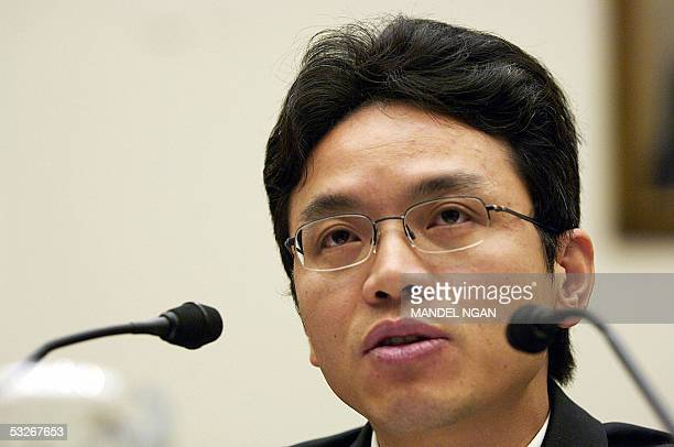 Washington, UNITED STATES: Former Chinese diplomat Chen Yonglin, who defected to Australia in May, testifies before the House subcommittee on Africa,...