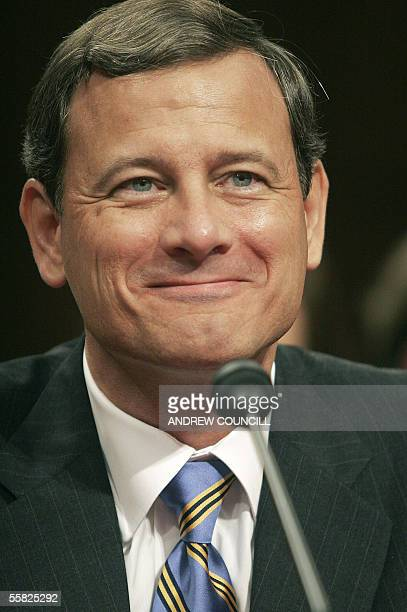 Washington, UNITED STATES: Judge John Roberts appears before the US Senate Judiciary Committee 14 September 2005 on Capitol Hill in Washington, DC....