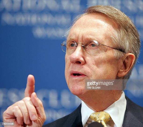 Senate Majority Leader Harry Reid holds a press conference with House Speaker Nancy Pelosi on The State of the Union 2007 19 January 2007 at the...