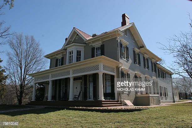 Washington, UNITED STATES: The house of US civil rights pioneer Frederick Douglass, known as Cedar Hill, is pictured 06 March 2007 in Washington, DC....