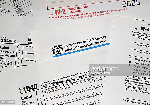This 24 March 2006 photo shows US Internal Revenue Service tax forms April 15 marks the date for US taxpayers to file their returns AFP PHOTO/Karen...