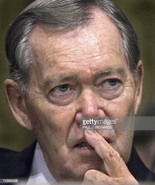This 29 March 2006 file photo shows US Senator Craig Thomas RWY during a US Senate Committee on Finance meeting on 'USChina Economic Relations...