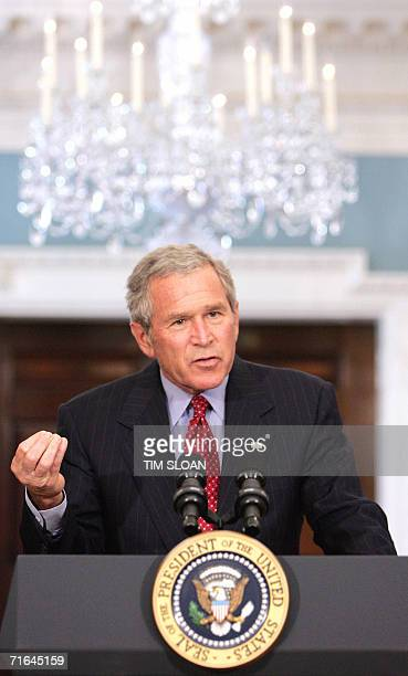 Washington, UNITED STATES: US President George W. Bush makes a statement on the war on terrorism and the current Middle East conflict after a day of...
