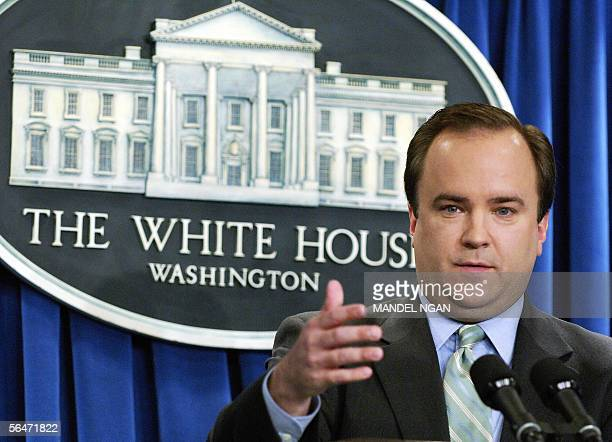 Washington, UNITED STATES: White House spokesman Scott McClellan speaks to the press during a briefing 20 December 2005 at the White House in...