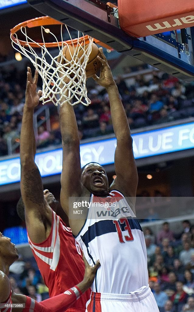 Houston Rockets vs Washington Wizards : Nachrichtenfoto
