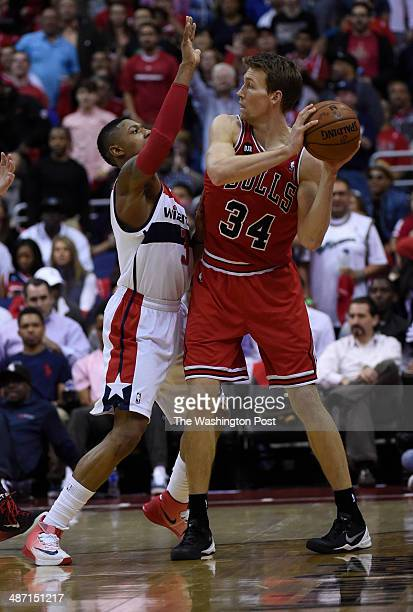 Washington Wizards guard Bradley Beal guards Chicago Bulls forward Mike Dunleavy in the first quarter of game four of the NBA playoffs between the...