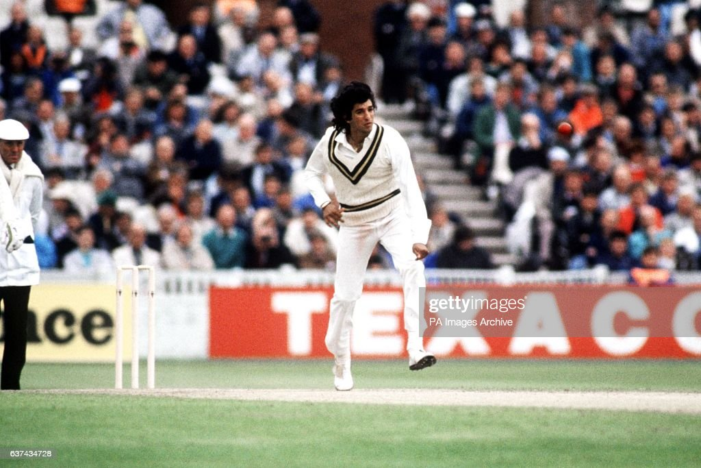 Cricket - First Cornhill Test - England v Pakistan - Third Day : News Photo