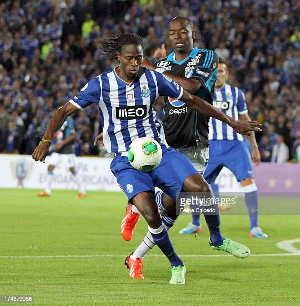Wason Renteria of Millonarios fights for the ball with Abdoulaye of FC Porto during a friendly match as part of the Euro American Cup at Nemesio...