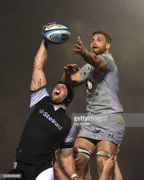 Wasps player Brad Shields is beaten to a lineout ball by Falcons player Will Welch during the Gallagher Premiership Rugby match between Newcastle...