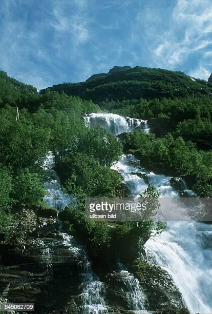 Wasserfall am Storfjord 2000